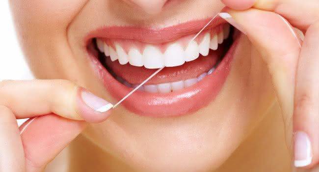 Cuidados com Implante Dentário