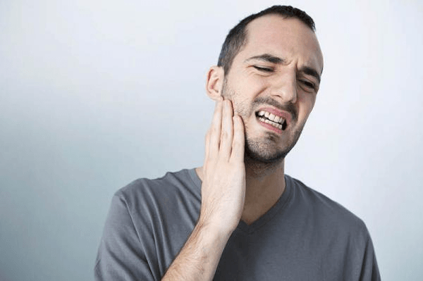 Como aliviar e acabar com a Dor de Dente